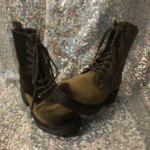 Stylish combat boots size 6